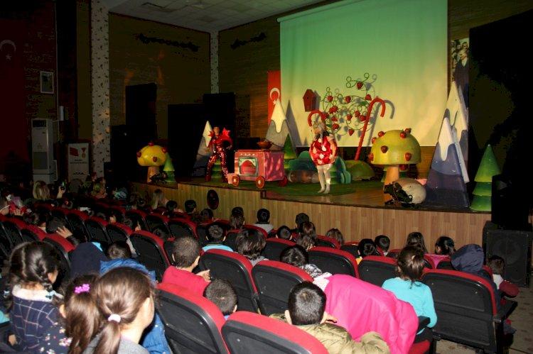Çocuklara ücretsiz tiyatro oyunu  sergilenecek!