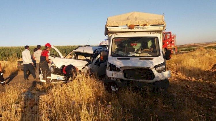 Tarım işçileri kaza yaptı: Çok sayıda yaralılar var!