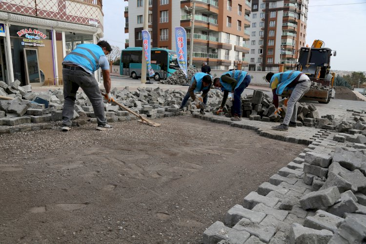 Haliliye belediyesinden 5 mahallede yol çalışması